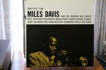 マイルス・デイヴィス/and the modern jazz giantes.JPG